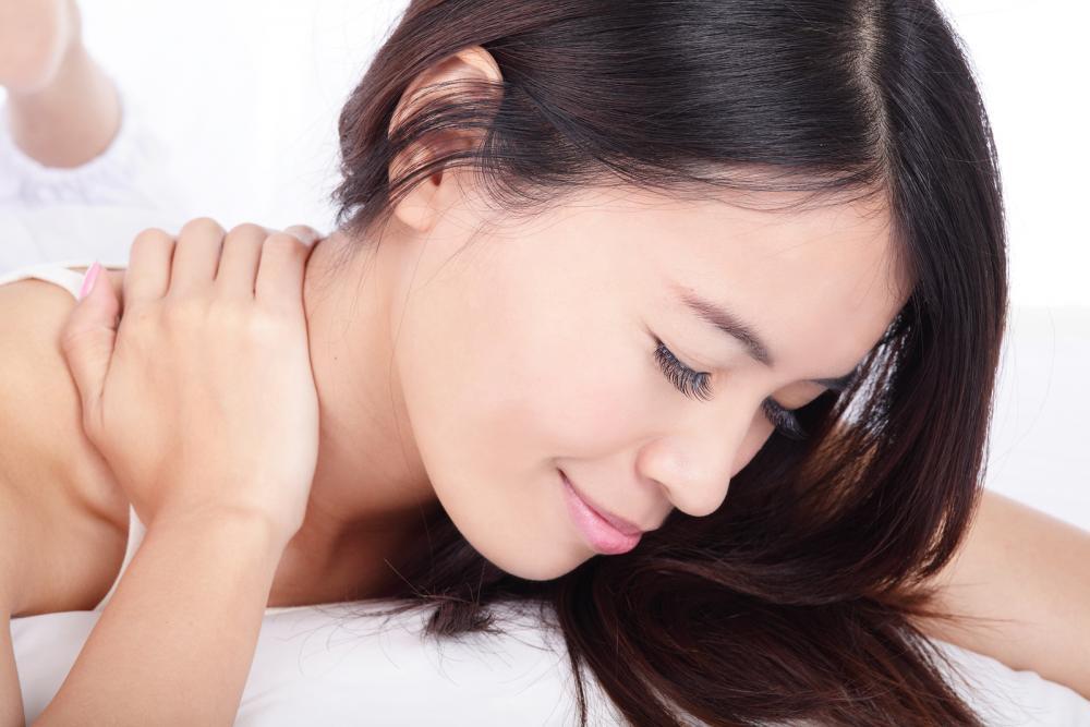 Neck Pain FAQ at Pine Chiropractic Center of Pompano Beach